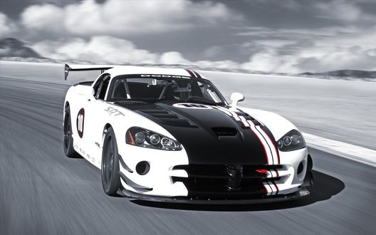 Обои Черно-белый автомобиль Dodge Viper.
