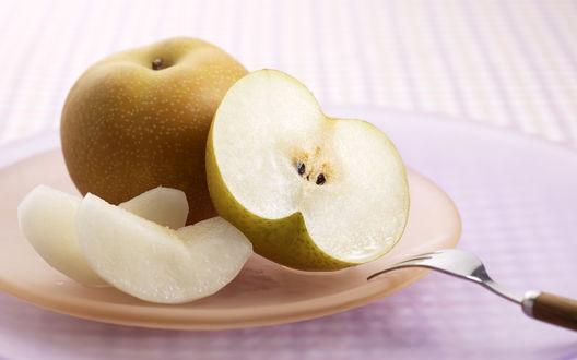 Обои Целое и разрезанное яблоко