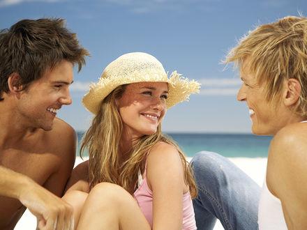Девушка с двумя парнями фото фото 307-858