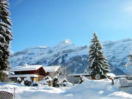 Обои Домики в горах