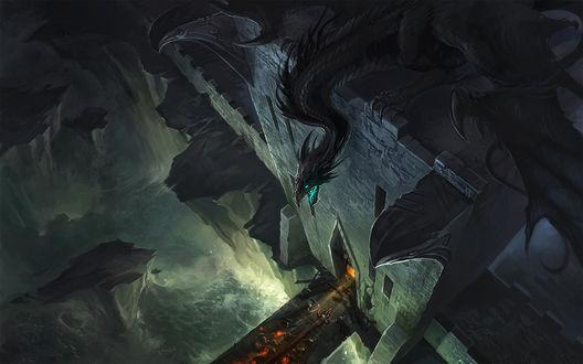 Обои Дракон с башни замка наблюдает за захватом замка