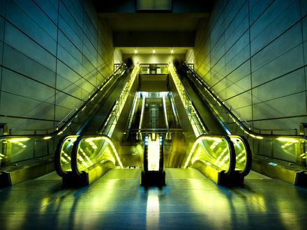 Обои Эскалатор