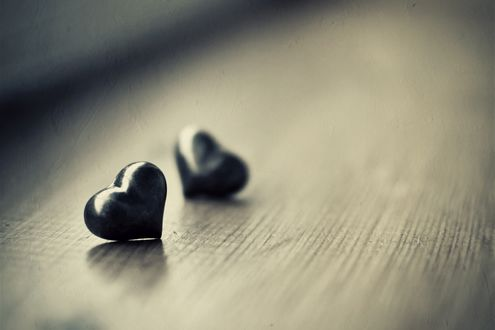 Обои Каменные сердечки