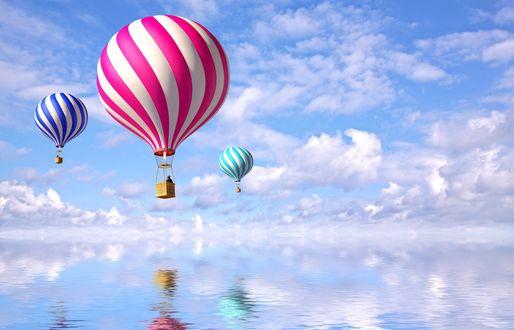 Обои Воздушные шары над гладкой поверхностью воды