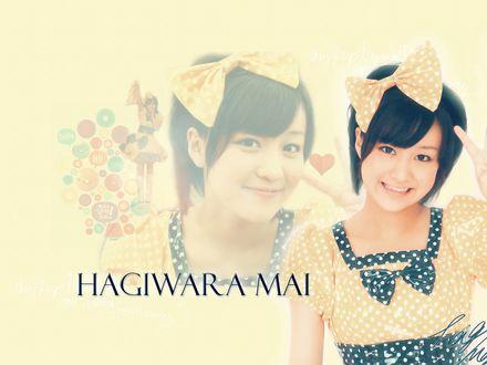 Обои Хагивара Май / Hagiwara Mai в причудливом платьице в горошек с чёрными бантами