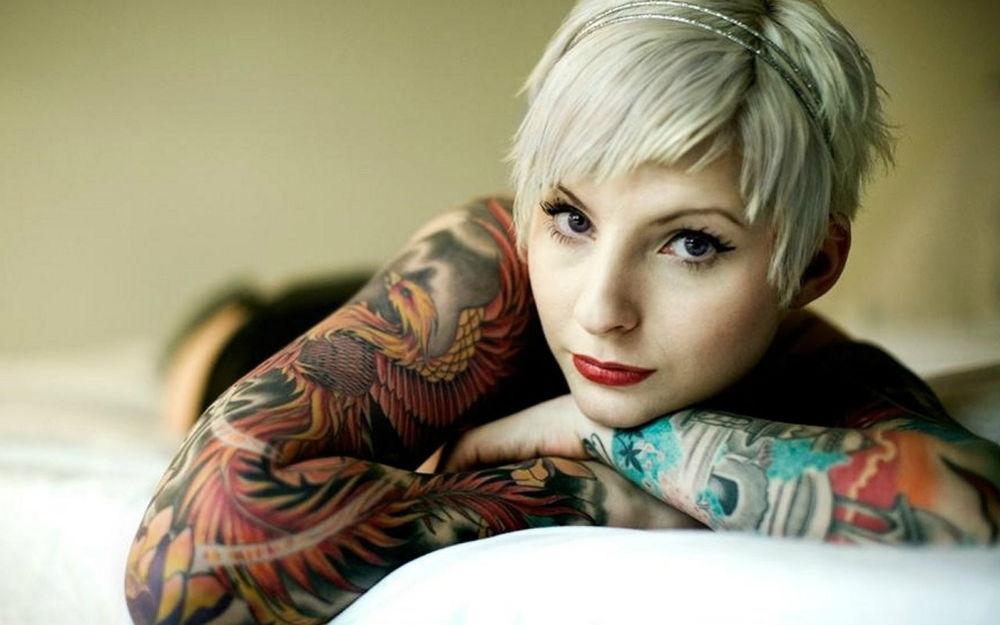 Красивой красивые девушки в татуировках