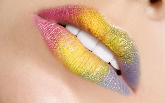 Обои Разноцветные губы