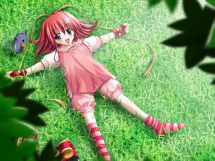 Обои Девочка раскинув руки лежит на траве, рядом сидит котёнок с колокольчиком на шее