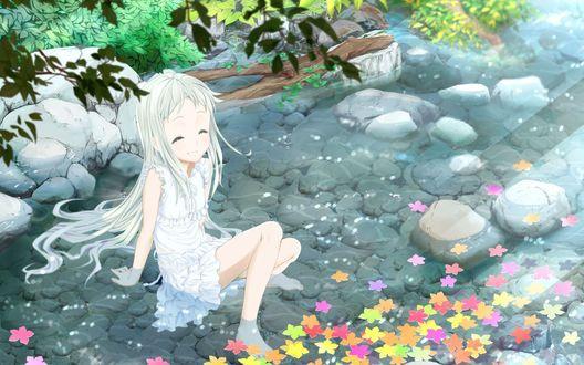 Обои Мэнма (Мэйко Хонма) из аниме Невиданный цветок / Anohana сидит в воде