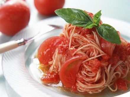 Обои Спагетти с помидороми