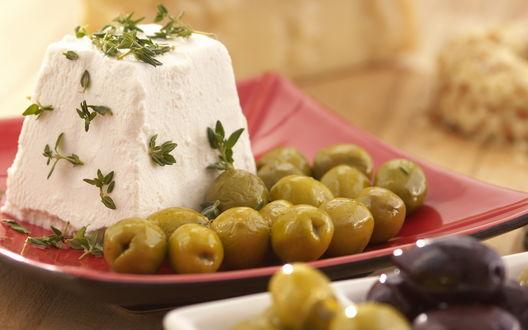Обои Оливки и сыр