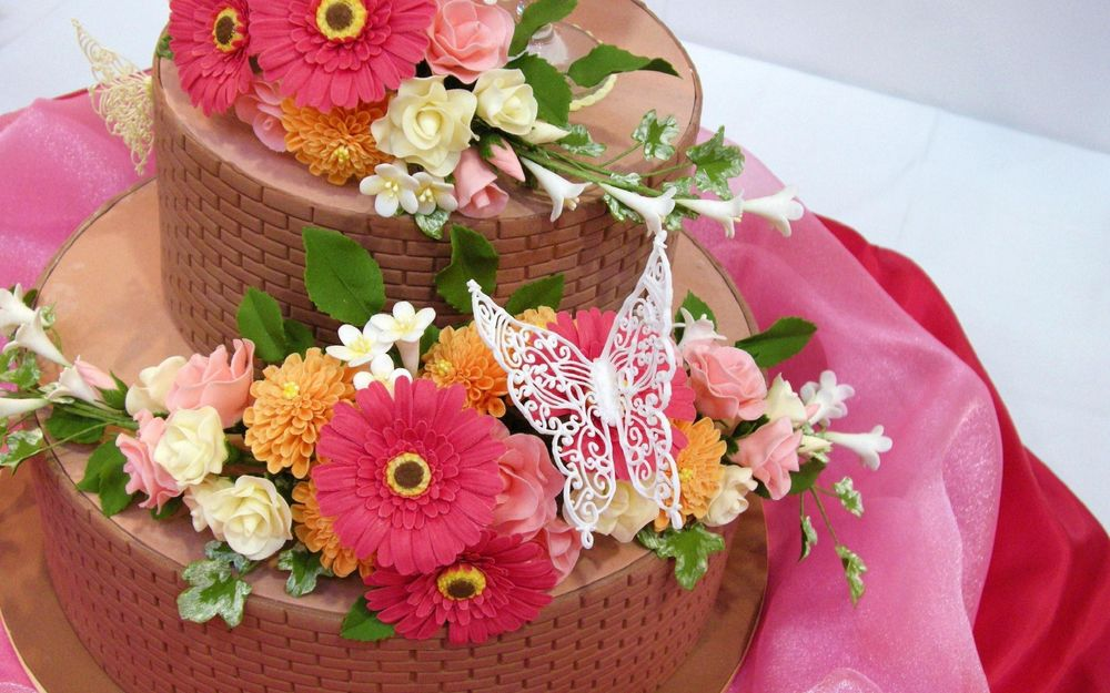 Картинка с днем рождения цветы и торт, пасхой открытки стихи