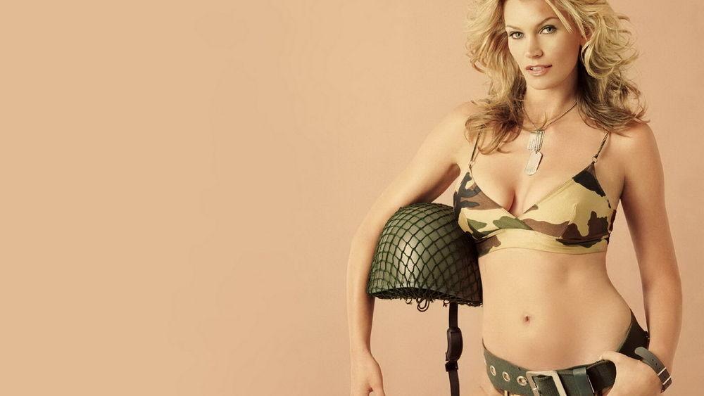 Эротика заставки на рабочий стол девушки в военной форме