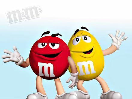 Обои Красный и Желтый m&m's(ы) плечом к плечу (m&m's)