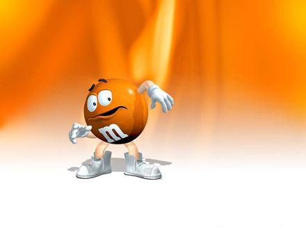 Обои Уворачивающийся от чего-то Оранжевый m&m's