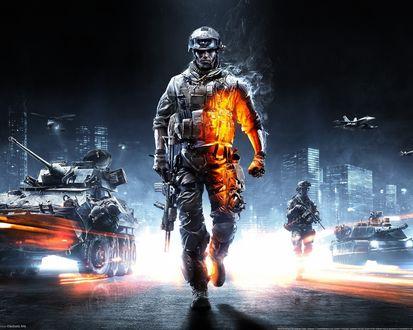 Обои Солдат из игры Battlefield 3 с автоматом на фоне танков, самолётов и вертолётов отдаляется от города идя по дороге