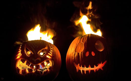 Обои Светильники Джека на фоне огня в Хэллоуин / Haloween