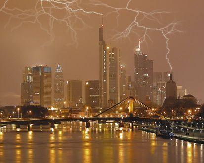 Обои Молнии в городе Франкфурт / Frankfurt, Германия / Germany