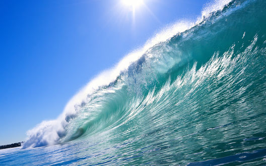 Обои Огромная волна в океане
