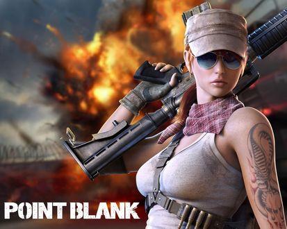 Обои Девушка с автоматом на плече, с тату на руке, в очках на фоне взрыва из игры Поинт Бланк / Point Blank