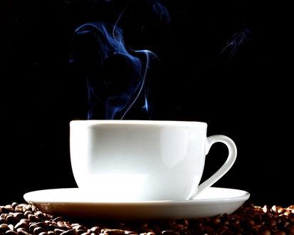 Обои Кружка горячего ароматного кофе