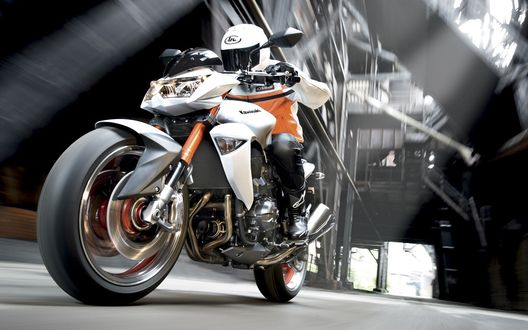 Обои Kawasaki_Z1000