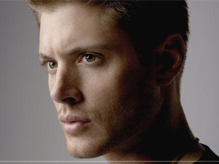 Обои Актер Jensen ackles(Дженсен Эклз) из сериала Сверхъестественное, (supernatural)