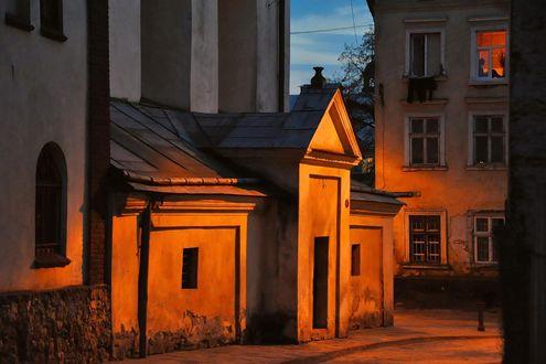 Обои Ночная улица старого Львова, Украина