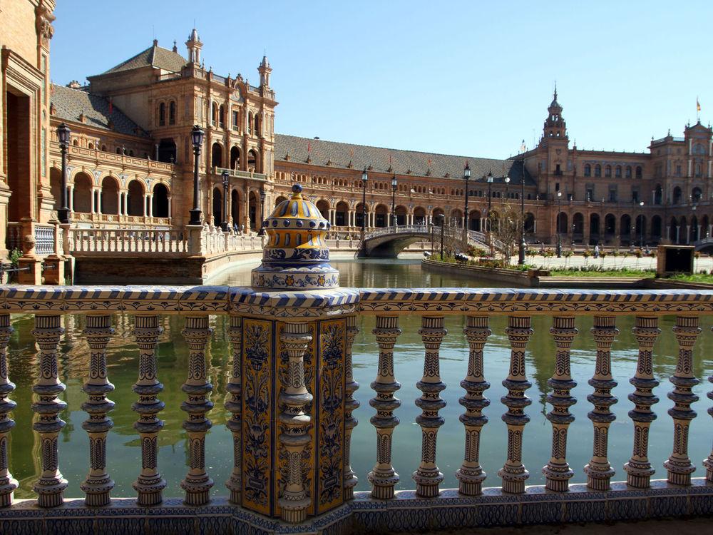 Обои для рабочего стола Дворец Плаза де Эспанья / Plaza de España в Севилье / Seville, Испания