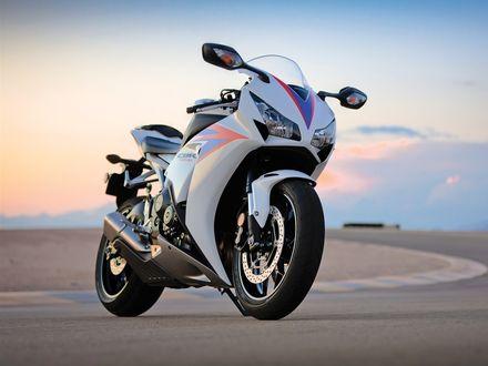 Обои Мотоцикл Honda CBR 1000 RR