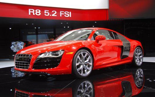 Обои Красно-черная Audi R 8