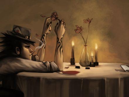 Обои Парень в шляпе сидит за столиком с розой в руках явно не дождавшись кого-то