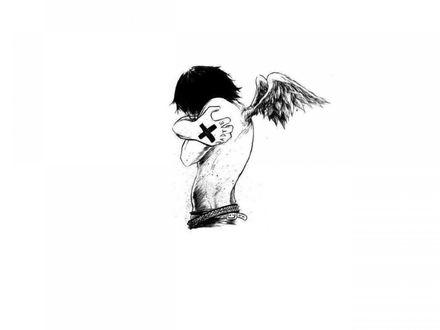 Обои Ангел эмо с тату на руке обнял сам себя