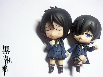 Обои Фигурки Себастьяна и Сиэля из аниме Тёмный дворецкий / Kuroshitsuji