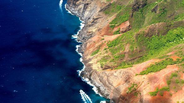 Обои Скалистое побережье океана