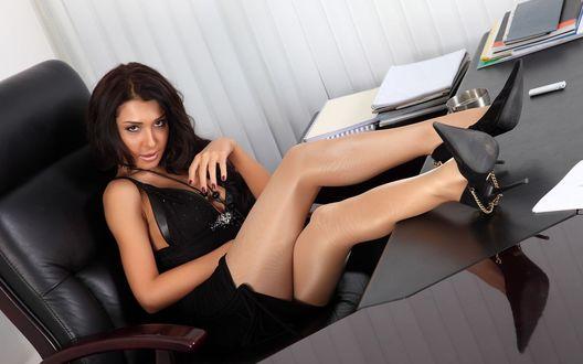 Сексуальные телки в офисе
