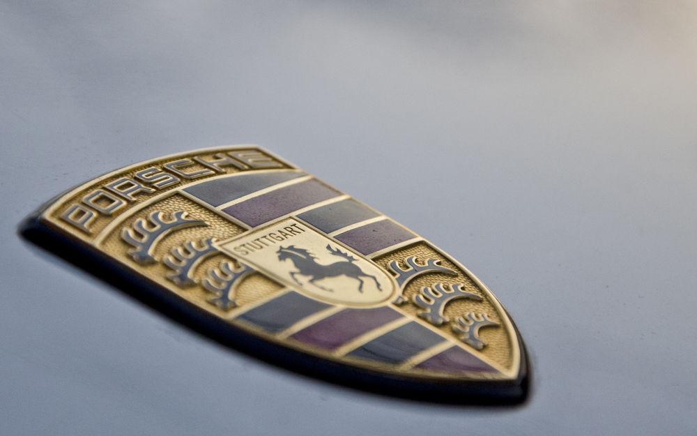 Обои для рабочего стола Логотип машины 'Порше/Porsche'