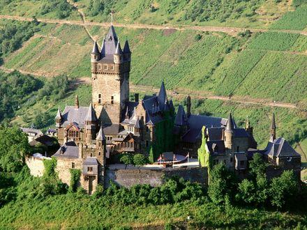 Обои Замок Рейхсбург в Германии (Reichsburg Castle, Mosel Valley, Germany)