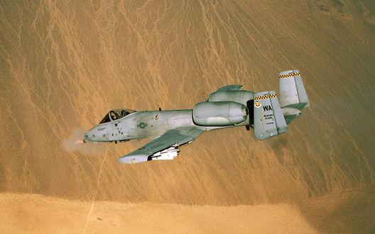 Обои Thunderbolt II / Удар молнии II в тренировочном полёте