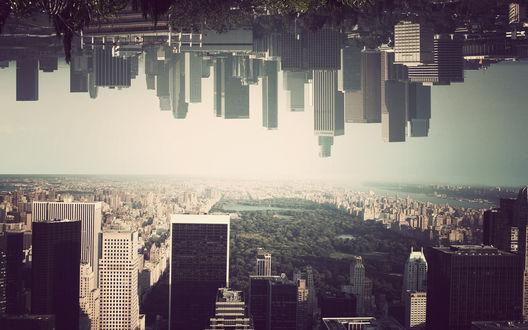 Обои Город мегаполис и второй мегаполис верх ногами