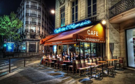 Обои Уютная кафешка на одной из улиз Парижа, Франция (Cafe de L`Olimpia, cafe brasserie)