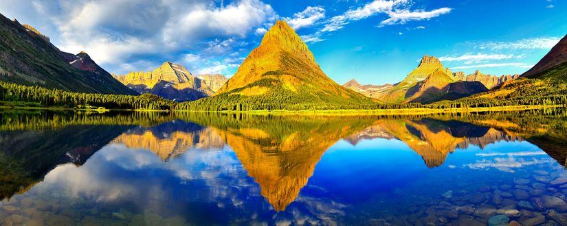 Обои Вид на горы и зеркальную реку