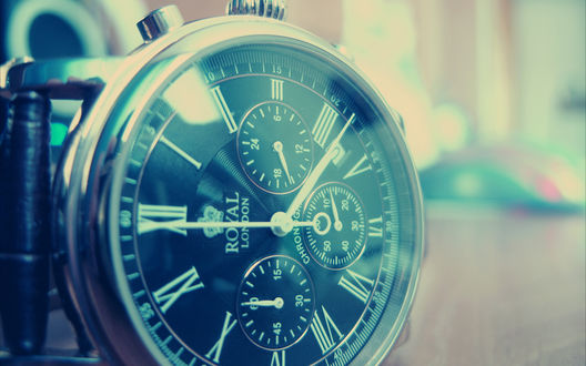 Обои Мужские часы компании *Royal London*