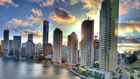 Обои Город South Brisbane / Южный Брисбен, Australia / Австралия с небоскребами на берегу моря