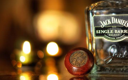 Обои Пустая бутылка из-под виски Jack Daniels / Джек Дэниэлс (single barri select tennessee whiskey)