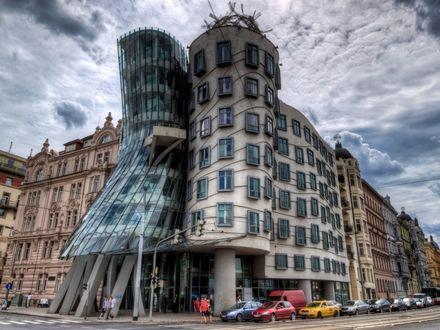 Обои Танцующий дом в Праге
