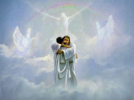 Обои Иисус на облаках обнимает попавшего в рай человека на фоне голубя раскинувшего крылья
