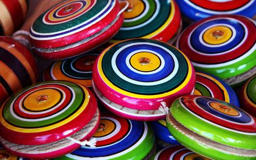 Обои Разноцветные yo yo / йо йо