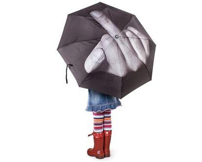 Обои Девочка с необычным зонтом