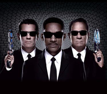 Обои Обои к фильму 'Люди в черном III / Men in Black III', Томми Ли Джонс / Tommy Lee Jones, Уилл Смит / Will Smith, Джош Бролин / Josh Brolin (MIB)